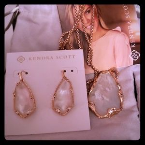 Kendra Scott earring and necklace set